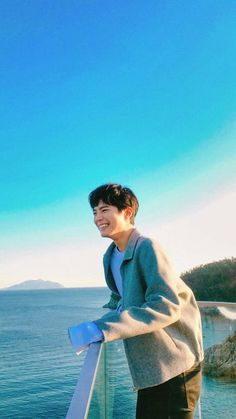 Nice view park bo gum - Best of Wallpapers for Andriod and ios Disney Movie Quotes, Best Disney Movies, Asian Actors, Korean Actors, Jun Matsumoto, Park Bogum, Kim Myungsoo, Song Joong, Park Seo Joon