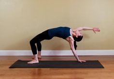 7 Ways to Get Stronger Arms in Yoga Class