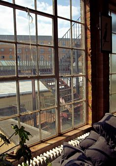 exposed brick and BIG beautiful industrial warehouse windows...........BODIE and FOU★ Le Blog: Inspiring Interior Design blog by two French sisters........