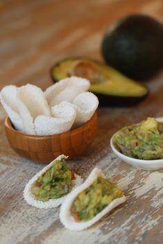 Barquinha de tapioca com guacamole