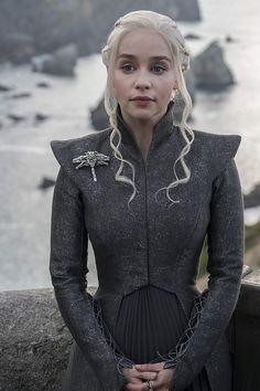 Let's examine Daenerys' fashion sense in Game of Thrones season 7