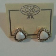 Catherine Stein Jewelry - White ans crystal stud earrings