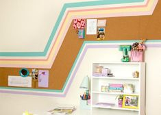 Kid room with stripe