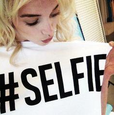 #gutenmorgen #selfie Hier entdecken und kaufen: http://sturbock.me/DTu