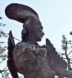 Statue of Oda Nobunaga which stands at Kiyosu Castle #Samurai