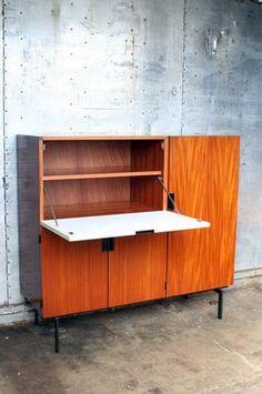 Vintage furniture marketplace - Design Radar