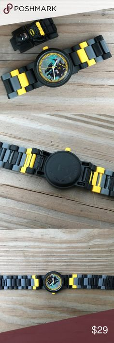 Lego Watch Batman Black Multicolored Analog 5 ATM Lego Watch Batman Black Multicolored Analog Buildable Band Watch 5 ATM Japan Movt  Brand: Lego  Japan Movt  5 ATM  Buildable Band  New with out tags. Lego Accessories Watches