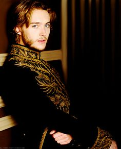 #reign | Photo of New Francis promo for fans of Toby Regbo.