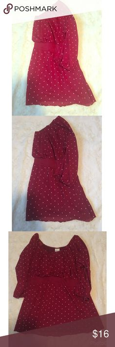 PRETTY POLKA DOT TOP SIZE 14/16 Red with white polka dots top. Lined. Elastic waist band. Size 14/16. Bust approximately 42 inches Excellent condition. Venezia Tops Blouses