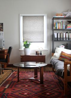 4 Bright Cool Ideas: Wooden Blinds Watches fabric blinds for windows.Teal Kitchen Blinds fabric blinds for windows.Gray Blinds For Windows. Indoor Blinds, Patio Blinds, Diy Blinds, Bamboo Blinds, Fabric Blinds, Curtains With Blinds, Valance, Privacy Blinds, Blinds Ideas