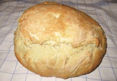 Romanian Food, Romanian Recipes, Bread Recipes, Good Food, Food And Drink, Cooking, Breads, Foods, Plant