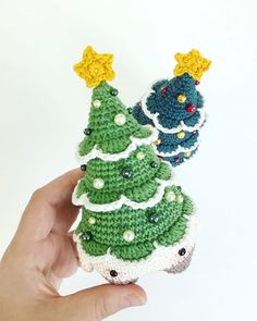 and at the end of the day a last but at least a festive fright: it's just 13 WEEKS until CHRISTMAS! → . Have you got any presents yet? Btw: crochet patterns can be given away any day - to your dearest, sweetest, closest and BFF. . Crochet pattern 'Christmas Tree Xaver - lalylala 4seasons Christmas' available on Etsy (lalylala.etsy.com → link in bio) . #lalylala #lalylaland #lalylala4seasons #christmastree # # #christmastime #christmasiscoming #ilovechristmas #crochetlove #amigurumi…