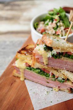 Smoked ham, raw-honey mustard, golden apple & gruyere cheese sandwich | Debora Smail Photography