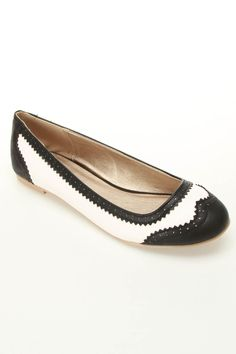 wing tip flats. $19.99