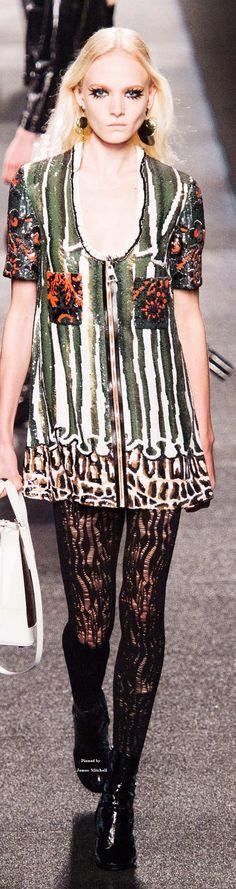 Louis Vuitton Collection Spring 2015
