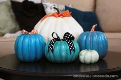 So many great ideas for those of us who might not LOVE carving pumpkins! No-carve pumpkin decorating ideas for inspiration! Halloween Entryway, Holidays Halloween, Halloween Crafts, Halloween Decorations, Fall Decorations, Halloween Ideas, Halloween Party, No Carve Pumpkin Decorating, Pumpkin Carving