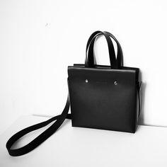 Leder Ranzen Schulter Henkeltasche Tasche von LessMoreBag auf Etsy