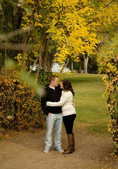 Alecia Marie Photography: Fall couples photography {Utah Engagement Photographer}