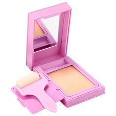 Shop Kaja's Roller Glow Roll-On Highlighting Balm at Sephora. This unique roll-on highlighting balm is infused with ultra-reflective pigments and ruby powder. Beauty Sale, K Beauty, Beauty Makeup, Makeup 101, Asian Beauty, Sephora, Makeup Sale, Blusher, Matte Lipstick