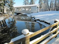 Jordan Bridge in the snow at Pioneer Park in Stayton Oregon Old Pickup, Country Barns, Covered Bridges, Daily Photo, Garden Bridge, Trip Planning, Oregon, Outdoor Structures, Snow