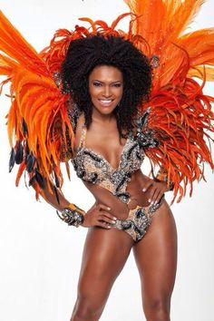 Simone Sampaio,modelo,dançarina e Rainha da Escola de Samba Dragões da Real.