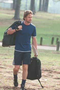Still of Gerard Butler in Playing for Keeps (2012)
