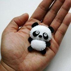 Felt panda ornament #feltowls