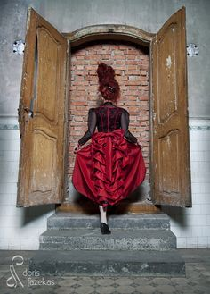 Steampunk Fashion, Fashion Photo, Couture, Sculptures, Photoshoot, Model, Photography, Painting, Facebook