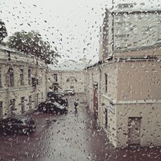 Rain in St. Petersburg | instagram @trunova_katerina