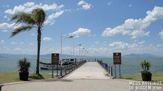Trapiche Municipal de Florianópolis States Of Brazil, Sidewalk, Beach, Places, Water, Outdoor, Santa Catarina, Beach Tips, Viajes