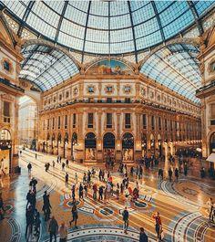 Galeria Vitório Emanuele, Milão, Itália