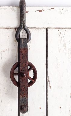 Large Vintage Iron Pulley with Hook, Wheel, Rustic, Steampunk, Barn Pulley, Industrial, 3571