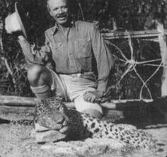 Jim Corbett in 1925 with the man-eating leopard of Rudraprayag