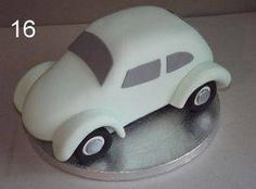 Sugarcraft workshops and holidays focusing on figures and modelling.