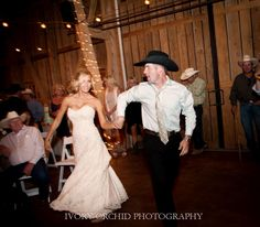 Cowboy hat for the reception is a must. #TheWindmillWinery