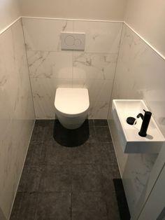 Downstairs Toilet, Basement Bathroom, Bathroom Interior, Small Toilet Room, Bathroom Goals, Bathroom Design Small, Minimalist Home, Powder Room, Decoration