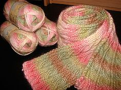 I used 5 skeins of Patons SWS in the Natural Pink colorway. I used portions of 3 of these skeins in order to keep the striping in perfect sequence. By yardage alone, I used a total of 3.5 skeins.