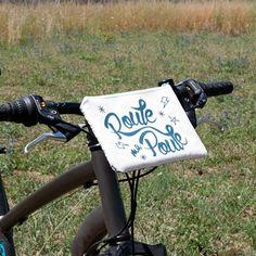 Sac pour vélo pochette vélo crème sérigraphie bleu motif