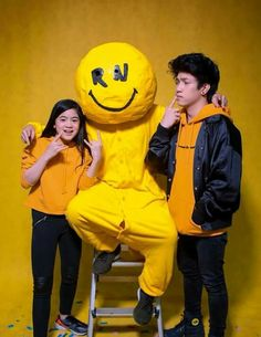 Ranz Kyle, Siblings Goals, Dragon Pictures, Fluffy Dogs, Music Wall, Youtube Stars, Brother Sister, My Idol, Youtubers