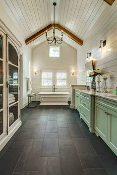 House of Turquoise: River City Custom Homes Bathroom Interior Design, Decor Interior Design, Kitchen Interior, Apartment Interior, Interior Walls, House Of Turquoise, Farmhouse Kitchen Decor, Home Decor Kitchen, Modern Farmhouse