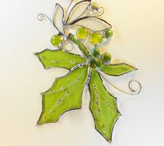 Green Maple Leaf. by jacquiesummer on Etsy