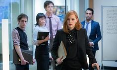 """M6 DF-01971.CR2 Noah Robbins, Grace Lynn Kung, Douglas Smith, Jessica Chastain and Al Macadam star in EuropaCorp's """"Miss. Sloane"""". Photo Credit: Kerry Hayes © 2016 EuropaCorp Ð France 2 Cinema"""