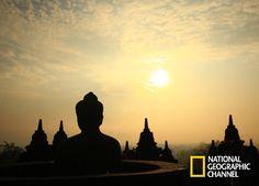 Conoce las obras arquitectónicas más fascinantes del mundo. Templo budista Borodubur, Indonesia. The World Heritage Special. #NatGeo Mira contenido exclusivo en http://www.foxplay.com/natgeo