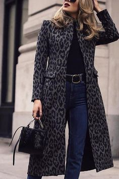 Fashion Outerwear Fashion leopard print long sleeve outerwear, women's fashion jacket&coat, 2019 winter trend, you will find the best one. Black Women Fashion, Look Fashion, Winter Fashion, Fashion Outfits, Womens Fashion, Fashion Trends, Ladies Fashion, Cheap Fashion, Winter Trends
