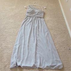 ⚡️️FLASH SALE⚡️Elise Ryan one shoulder maxi dress Color: Gray. Size: 8/36 (U.K./EUR) aka size 4. Brand New with tags, never worn. Originally $100 Dresses One Shoulder