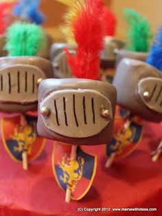 Marshmallow & chocolate Knight Pops!!!  Delicious and sooooo easy to make!