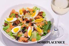 Sałatka z łososiem i suszonymi pomidorami 0719 Cobb Salad