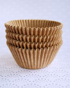 Unbleached Cupcake Liners 50 by CupcakeSocial on Etsy Cupcake Boxes, Paper Cupcake, Cupcake Liners, Man Party, Cute Cupcakes, Party Guests, Wedding Photos, Wedding Ideas, Party Planning