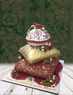Just Splendid Colors. Indian Wedding Cakes, Elegant Wedding Cakes, Pillow Cakes, Pillows, Mehndi Cake, Novelty Cakes, Cake Art, How To Make Cake, Cake Designs