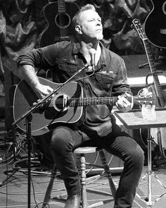 James Hetfield of Metallica. Playing acoustic . . . . #jameshetfield #jaymz #papahet #jameshetfieldfans #jameshetfieldlovers #jameshetfieldfan #metallica #metallicafan #metallicafans #metallicafamily #metalhead #metalheads #longlivemetal #legendaryband #metal #metalmusic #heavymetal #thrashmetal #acoustic #acousticguitar #acousticconcert